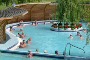 Komáromi fürdőzés a Brigetio Gyógyfürdőben (4 db teljes árú belépő)